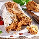 Sicilský rajčatový chléb - ciabatta Pomodoro Basilico