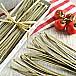 Široké těstoviny s bazalkou